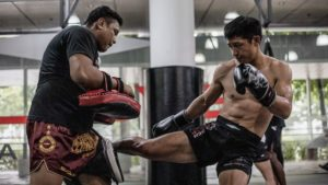 How To Combat An Expert Leg Kicker In Muay Thai